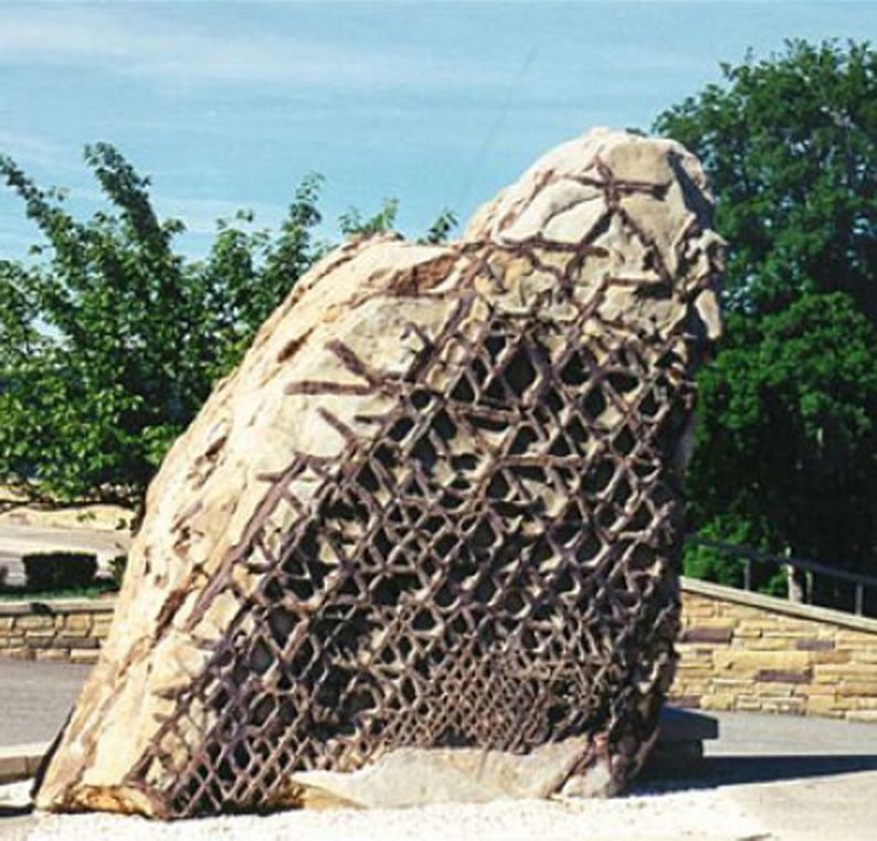 The Mysterious Waffle Rock, 300,000 million Years Old: To Ancient To Be True? Waffle-rock-america-boulder