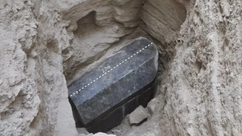 More on the Mystery surrounding the giant Egyptian sarcophagus Download_3_orig