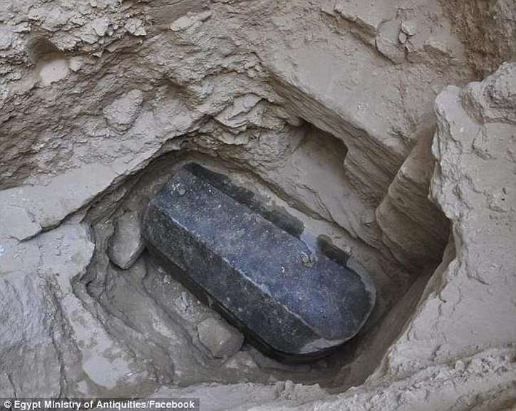 UPDATES - Archaeologists Prepare To Open Giant Black Sarcophagus Despite Warnings 4dd8c06800000578-5910269-image-a-18-1530550305095-190abd2b