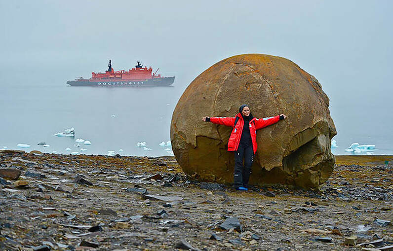Giant Stone Spheres Discovered On Artic Island Baffle Scientists Mysterious-stone-spheres-arctic-island-10